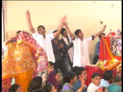Sadhvi Purnima Ji Bhajans Aaja Gale Se Apne Aab To Lagaiye.... video