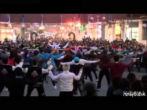 110228 Dream High Dance On The Road Flash Mob video