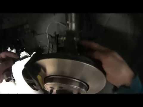 TUTO : Changer disques de frein et plaquettes avants + Modifier le carrossage des voies
