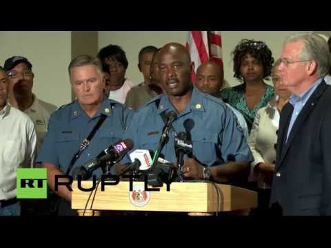 USA: Missouri authorities announce Ferguson curfew in tense presser