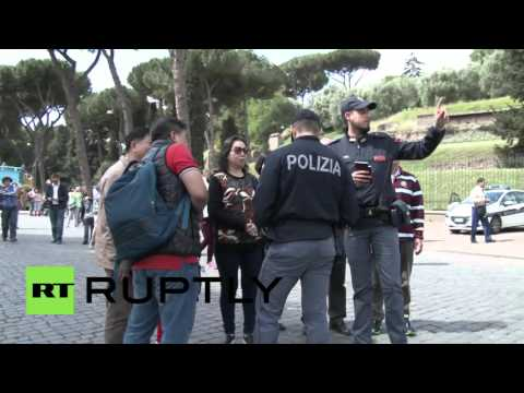 Italy: Chinese police deployed in Rome to make tourists feel safer