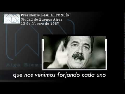 El Presidente Raúl Alfonsin cuestiona a Clarín