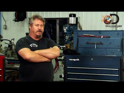 Kłótnia o silnik - Niechciani w Gas Monkey - Discovery Channel
