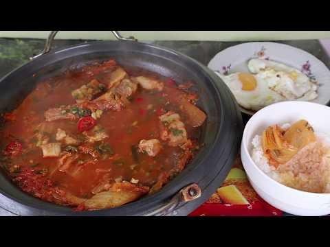 Кимчи Суп или Кимчитиге Корейская кухня Острый Суп рецепт