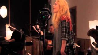 Janet Devlin Live (wonderful/crown of thorns)
