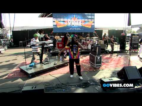 "Steel Pulse Performs ""Blues Raid Dance"" at Gathering of the Vibes Music Festival 2012"