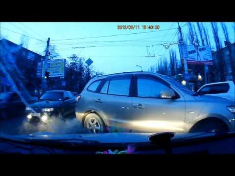 Пьяный водитель напал на учебную машину