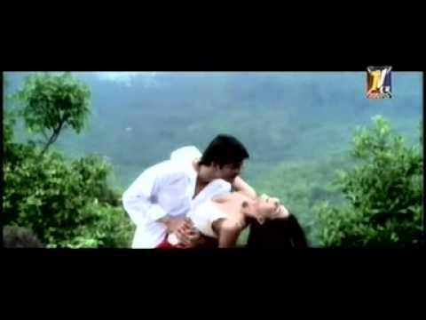 Rato Me Jagaya Nindo Ko Udaya Mera Dil Bhi Churaya Hai video