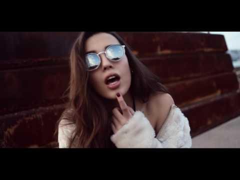 Carla Saura ▲ #el3vicia ▲ Alex Mihai C