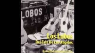Watch Los Lobos Cielito Lindo video