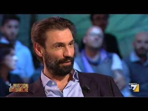 Le Invasioni Barbariche – L'intervista a Fabrizio Gifuni