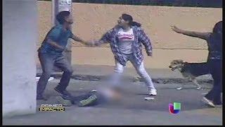 මහපාරේ හෙන වලියක් සංවේදී අය බලන්න එපා Salvaje golpiza a joven en Perú