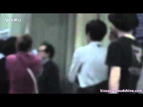 [Rain (Bi) Fancam]110525 Rain leaving Shanghai Gymnasium after 'The Best' concert_By kicoss