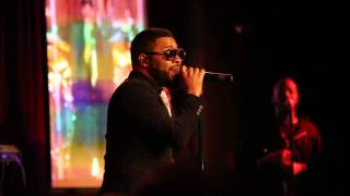 "download lagu Musiq Soulchild Covering Anita Baker's ""sweet Love"" Live At gratis"