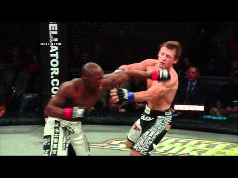 Bellator 51 Moment - Alexis Vila vs Joe Warren