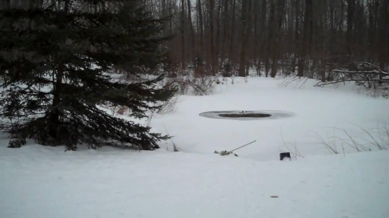 Blindsquirl 39 S Diy Pond De Icer Aerator Youtube