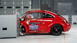 2013 Volkswagen Beetle driver-side small overlap IIHS crash test