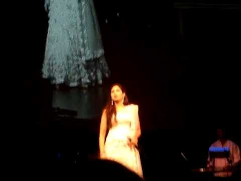 Shreya Ghoshal - Live in Singapore - Bahara