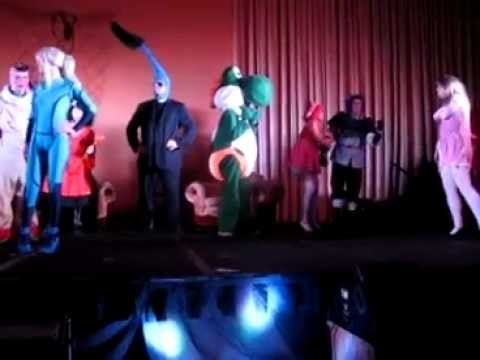 The 5th part of the Super Live Action Smash Bros.3000 Murder Mystery Super Show Performed at Anime Supercon in Miami Halloween Weekend. In this third Smash Show Luigi has been Murdered and it's up to the rest of the Smash Bros to find the killer. Make Sure to watch all 7 Parts to solve the Mystery!