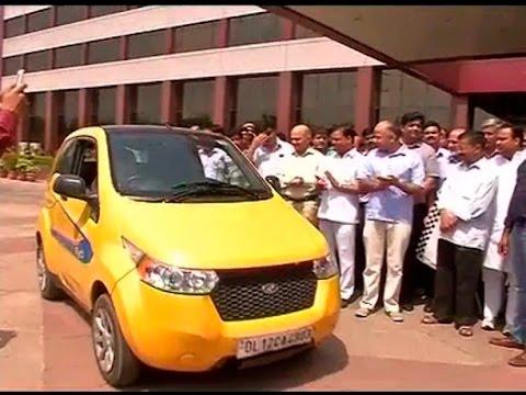 World Environment Day: Delhi govt. launches environment friendly cars for Delhi