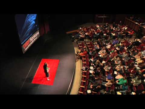 "Scientific research by ""beeing"" creative: Sarah Wagstaff at TEDxSpokane"