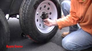 How To Change Your Trailer Tire in 5 min.
