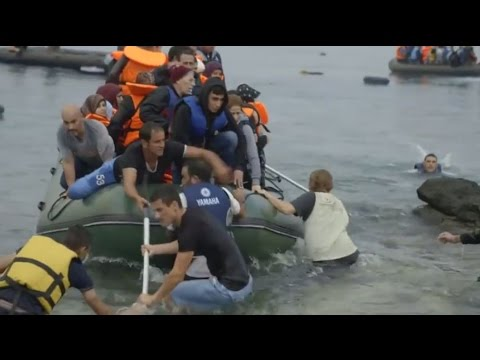 Samaritan's Purse Canada - The Rising Tide: Europe's Refugees Wash Ashore in Greece