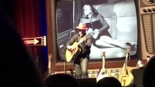 Watch Elvis Costello Everyday I Write The Book video