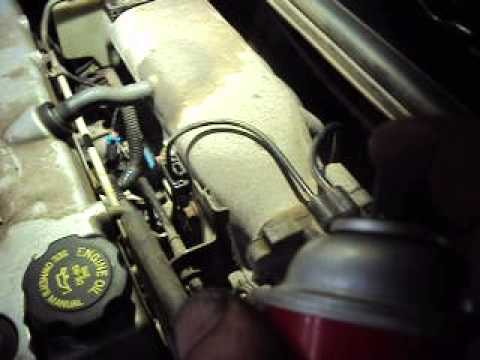 Checking for a vacuum leak with a scanner and some carb cleaner