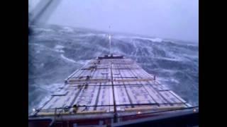 Bad weather on the North Sea 27-11-2011