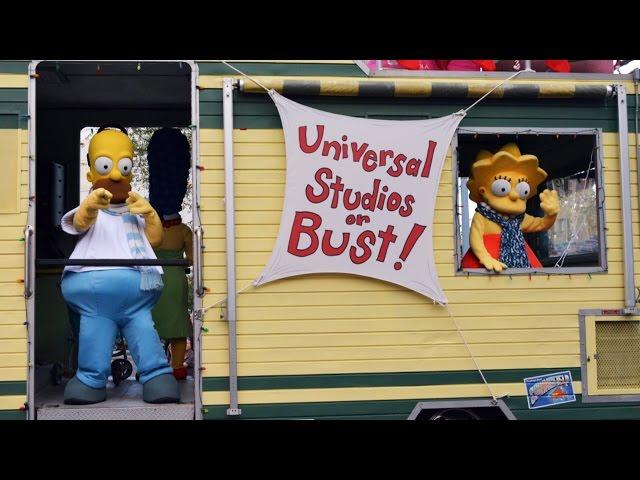 FULL Macy's Holiday Parade at Universal Studios Orlando Including Homer Simpsons, Minions, Santa