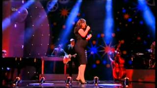 Caro Emerald :Sings a night like this live amazing performance London10/12/2013