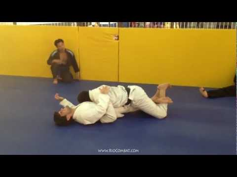 Rio Combat 07/03/2012 Turtle to Half Guard Sweep to Kneebar Image 1