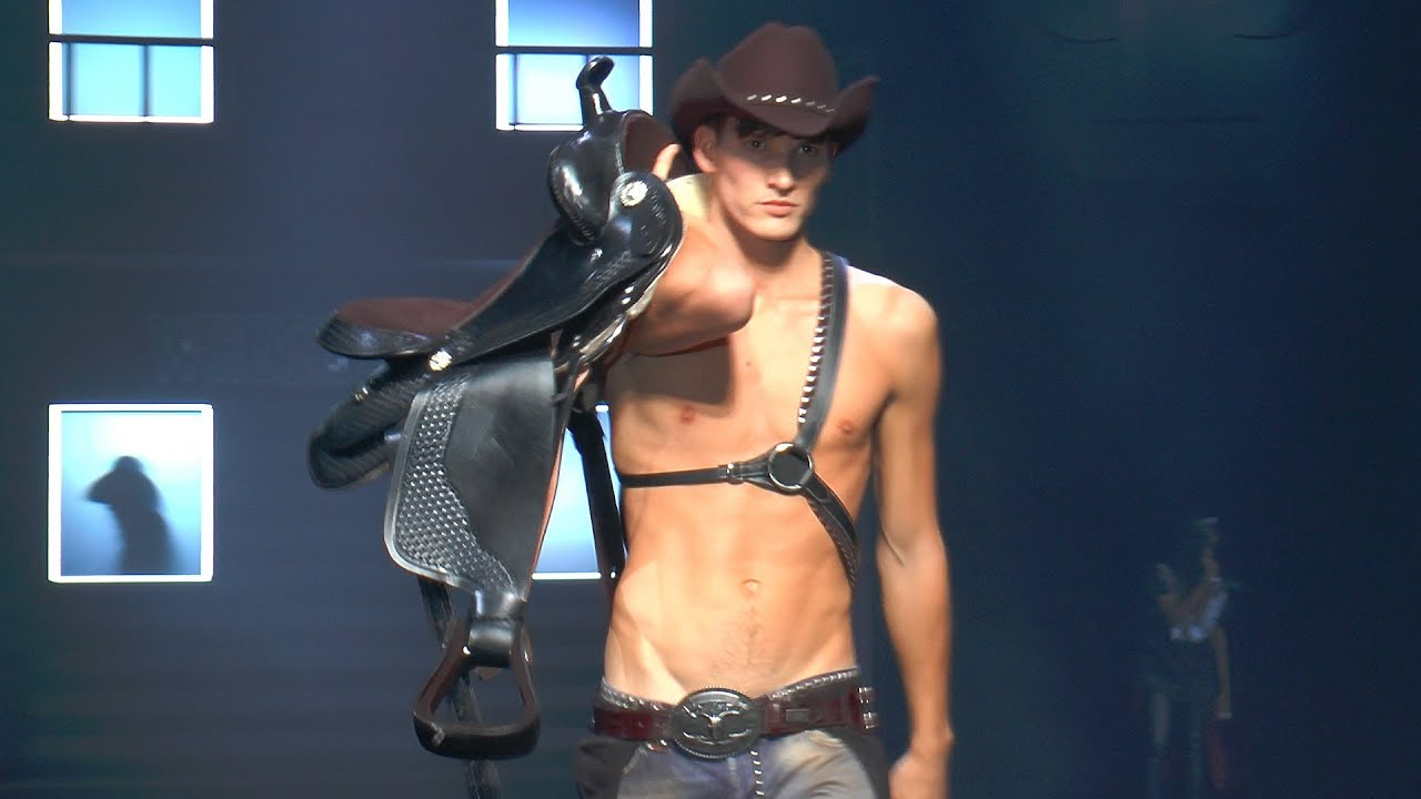 Philipp Plein Men 39 S Fashion Show F W 2014 15 Backstage Interview Runway Youtube