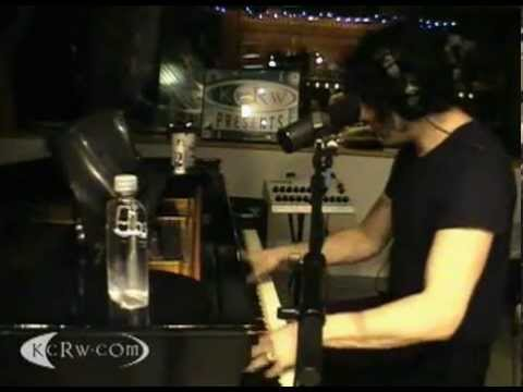 The Raconteurs-You Dont Understand Me Live at KCRW