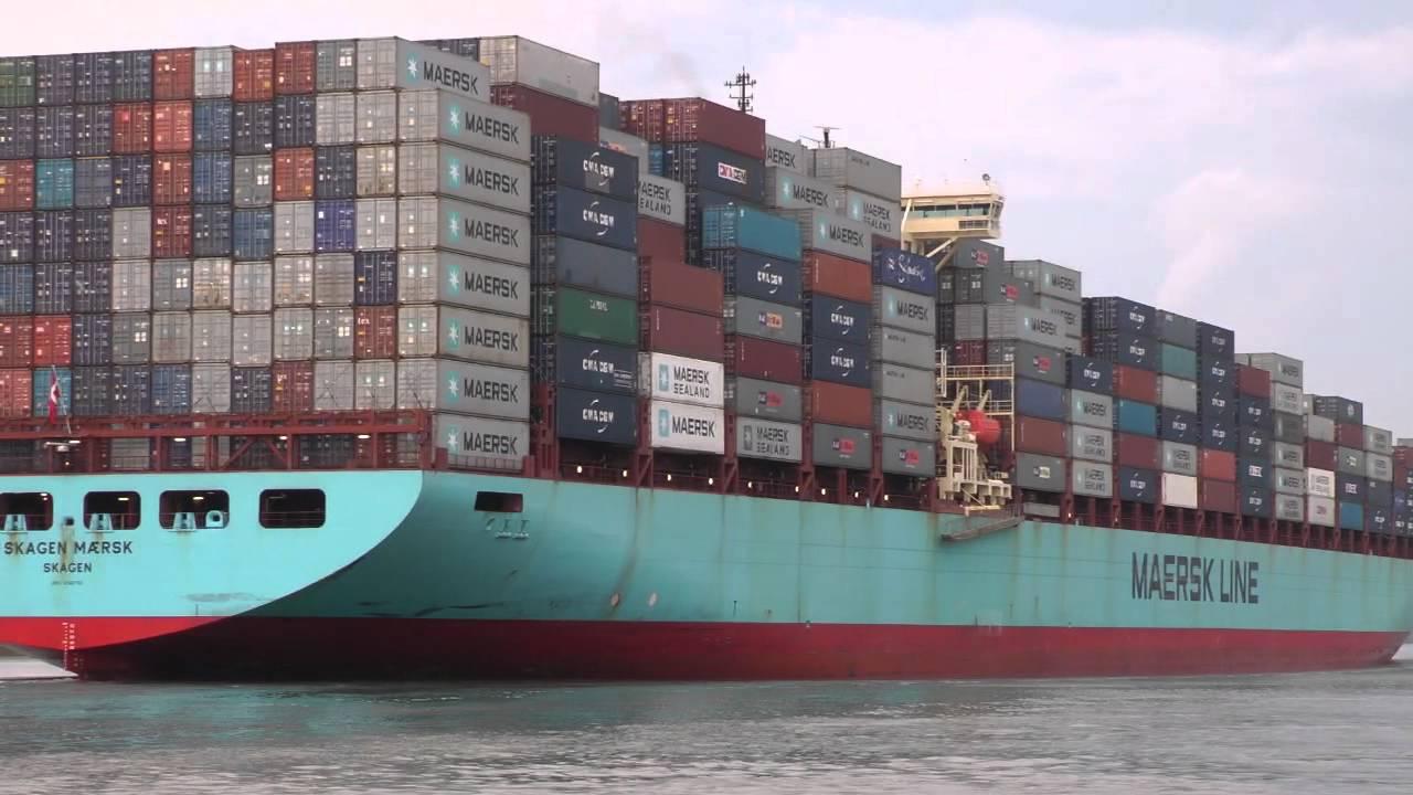 Skagen Maersk Container Ship Leaving Savannah Ga 7 29 2012