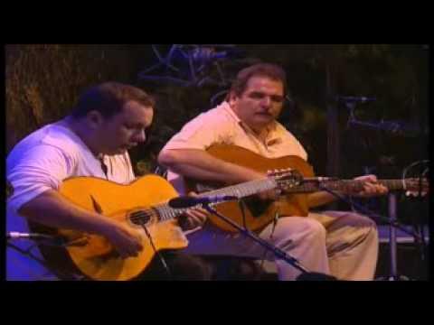 Django Reinhardt 's Daphne - Bireli Lagrene&Richard Galliano (jazz manouche live)