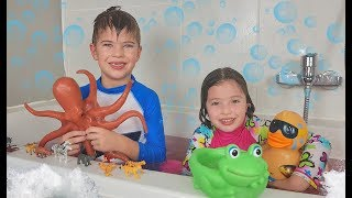 Bath Time Funny songs for kids by Dominika
