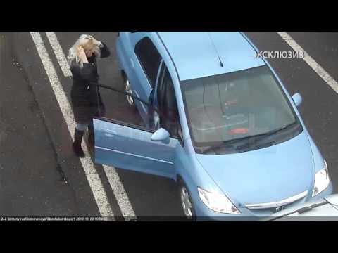 Девушки устроили драку на проезжей части, Краснодар