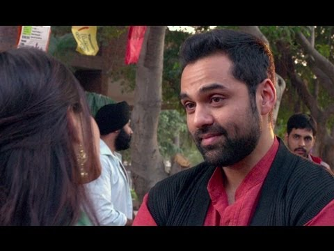 Sonam Kapoor in love with Abhay Deol - Raanjhanaa