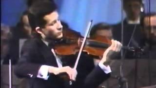 V Čepinskis Plays Saint Saens