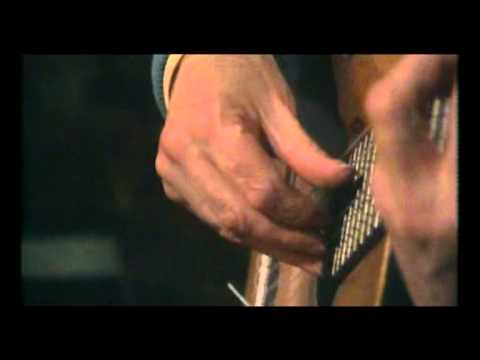 William Walton - Bagatelle for Guitar No. 2 performed by Julian Bream