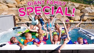 GIANT HOT TUB POOL PARTY! | Ellie And Jared Special! 🎉