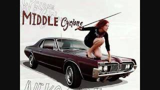 Watch Neko Case Magpie To The Morning video