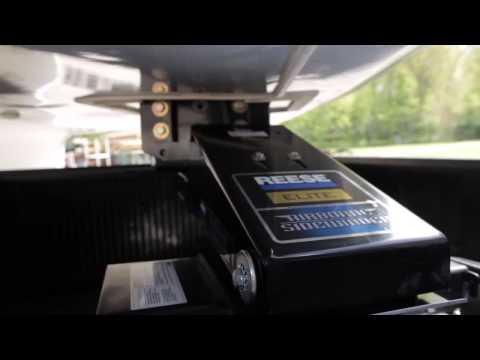 Reese® Elite Airborne/Sidewinder Fifth Wheel Pin Box