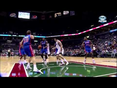 Andre Drummond vs Bucks: 19 points, 10 rebounds, 2 blocks, 2 assists (HD)