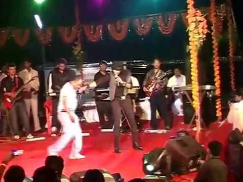 Aisi deewangi dekhi nahi   Narmada Mahotsav 2010 LIVE VIDEO...