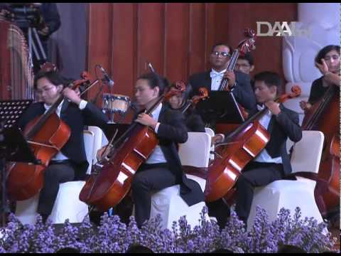 DAAI Night 2014 bersama Addie MS, Twilite Orchestra & Twilite Chorus 07 Rasa sayange