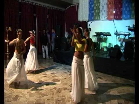 Sri Lankan dance to new sinhala songs