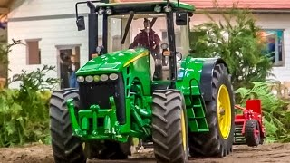 RC tractor John Deere in HUGE 1/8 scale working on a field!